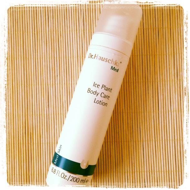 Leche corporal flor de escarcha Dr Hauschka Med, leche corporal holística, homeopática y orgánica, para pieles secas, sensibles, atópicas, con eccema