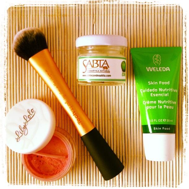 Favoritos Febrero 2013 cosmética natural, orgánica, bio, maquillaje mineral. Colorete Lily Lolo, Karité Argán Eva de Sabta, Skin Food Weleda