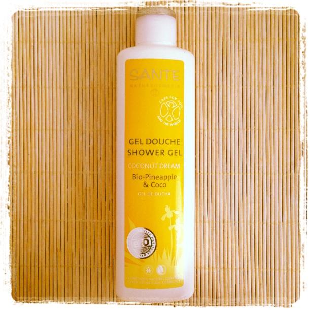 Gel de ducha Coconut Dream de Sante, con olor a piña y coco, cosmética orgánica certificada