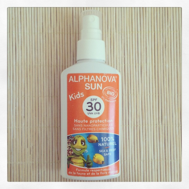 Protector solar mineral Alphanova Kids SPF30, orgánico, óxido de zinc