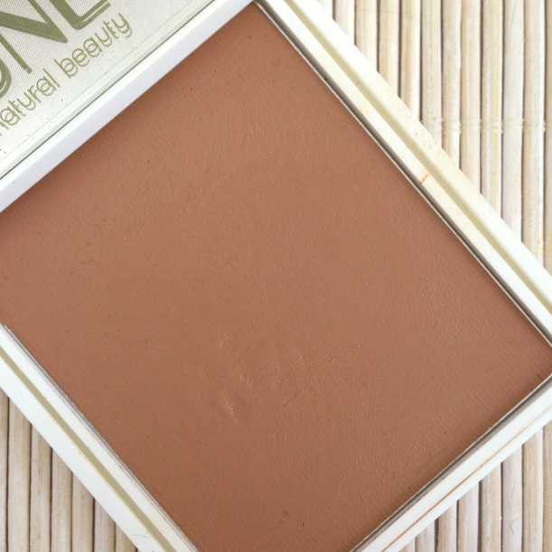 UNE Natural Beauty BB-Cream Bronzer color, maquillaje mineral natural, polvos de sol