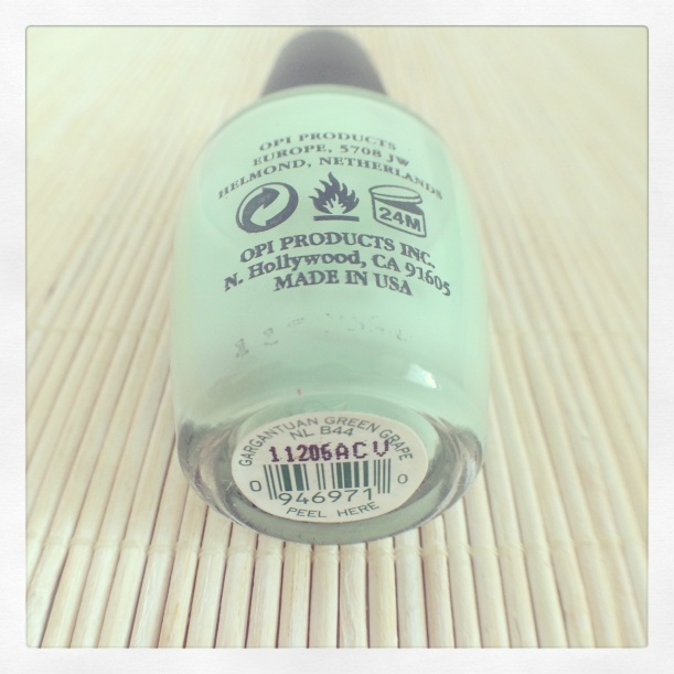 OPI Gargantuan Green Grape - Manicura Detox #5