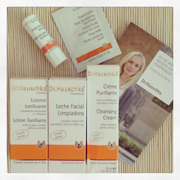 Necser avión Dr Hauschka, edición limitada, cosmética bio, cuidado facial, fin de semana, viaje
